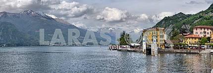Как Комо , Италия, 24 апреля 2014 , Весенний пейзаж на озере Комо ,