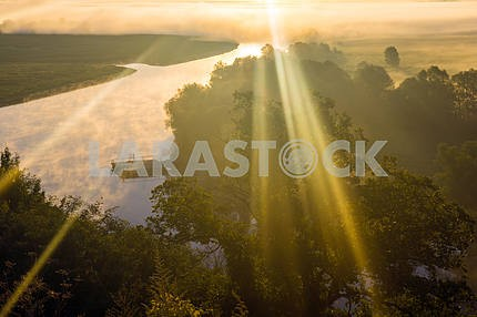 Desna and the rays of the sun. Mezin. Chernihiv region