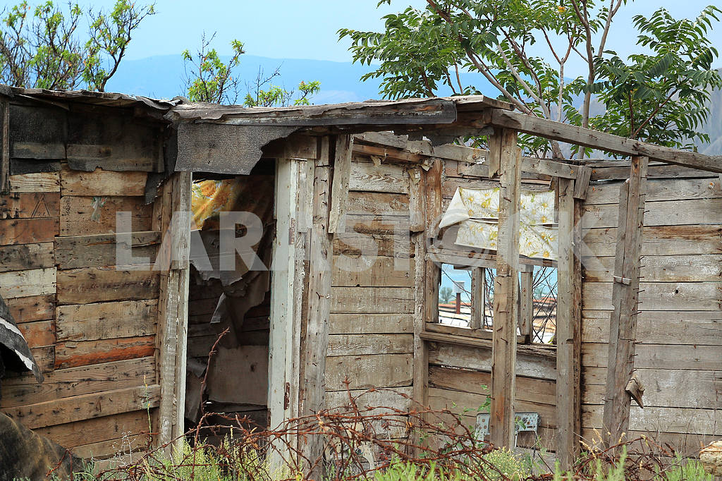 Wooden house. Ruins — Image 22167