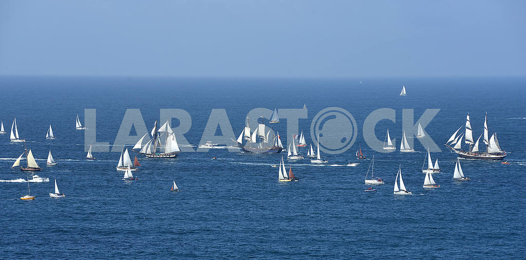 Parade of tall ships — Image 2222