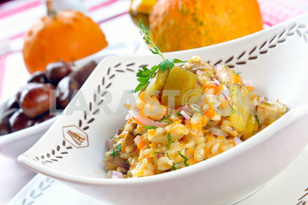 Ham and chestnuts risotto — Image 2244