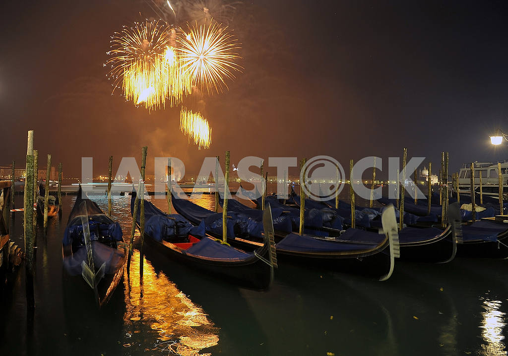 New Year's salute in Venice — Image 2252