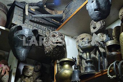 Маски в сувенирной лавке. Катманду, Непал