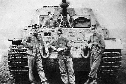 Немецкая самоходная артиллерийская  установка Элефант