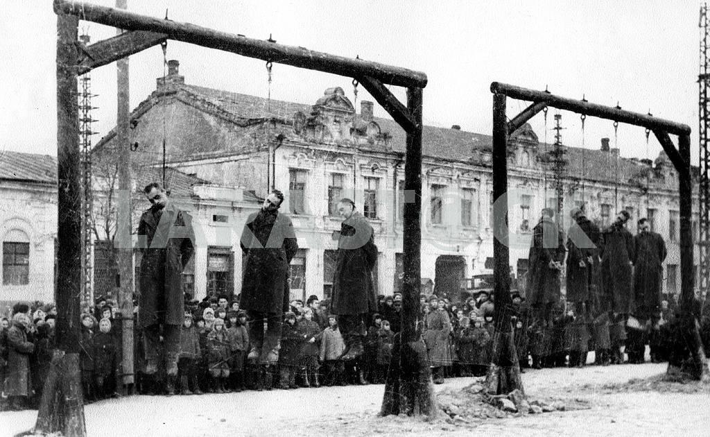 Public executions in Ukraine — Image 22926