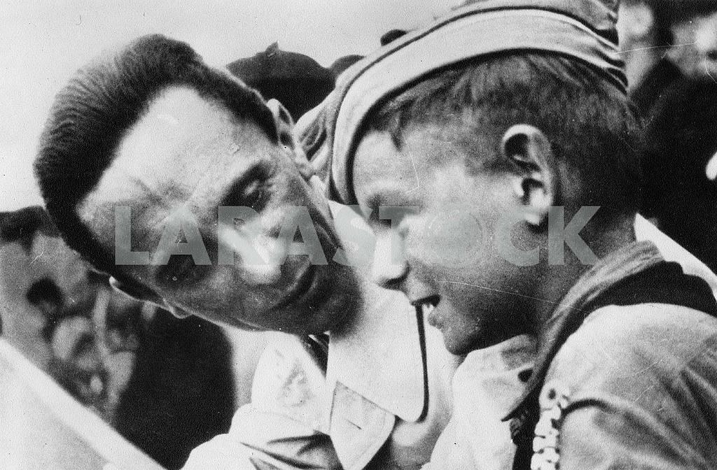 Joseph Goebbels and boy — Image 23237