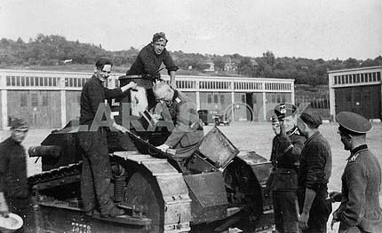 Germans captured french tank