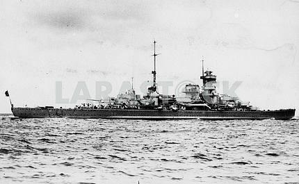Немецкий тяжелый крейсер