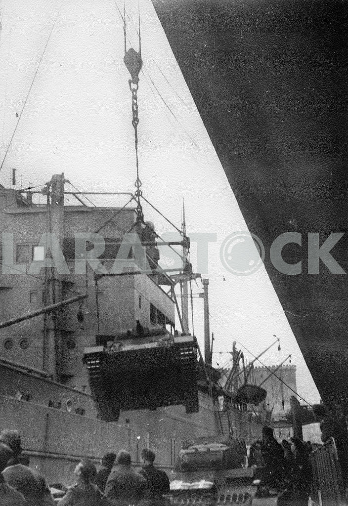 Shipment of german tanks. — Image 23261