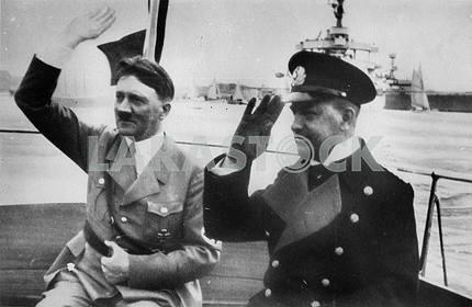 Гитлер и Дёниц
