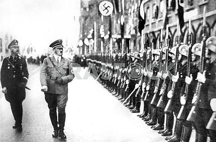 Смотр пехоты немецким командованием