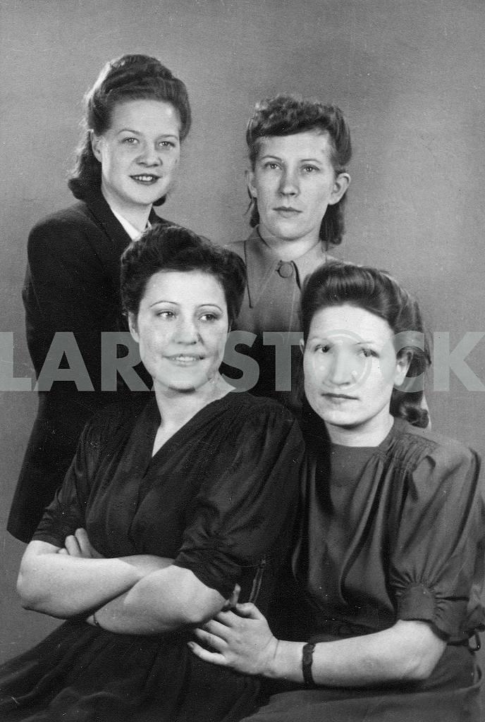 Soviet nurses. — Image 23301