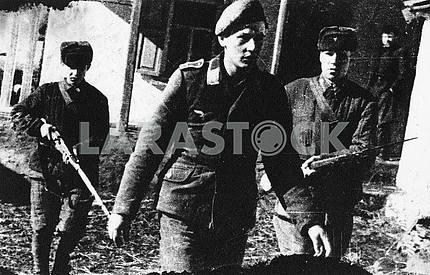 German prisoners pilot