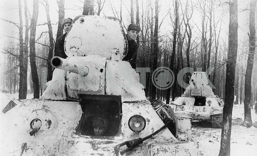 Soviet middle tank Т-34 — Image 23306