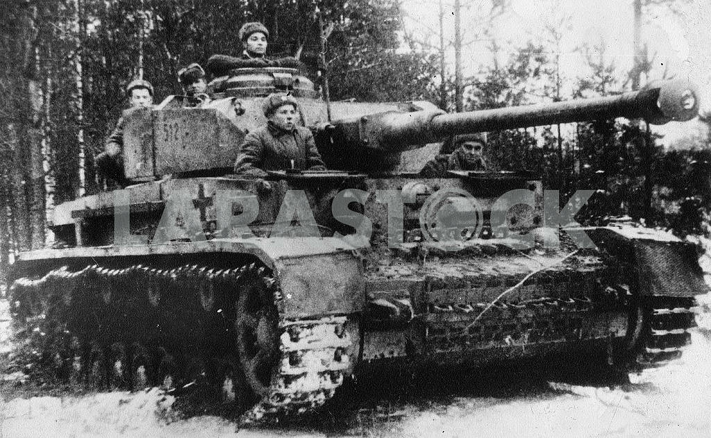 German captured tank — Image 23435