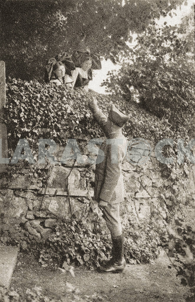 A soldier and a girl. First World War — Image 23583
