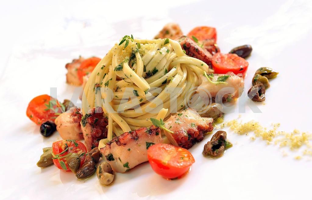 Спагетти с морепродуктами — Изображение 2457