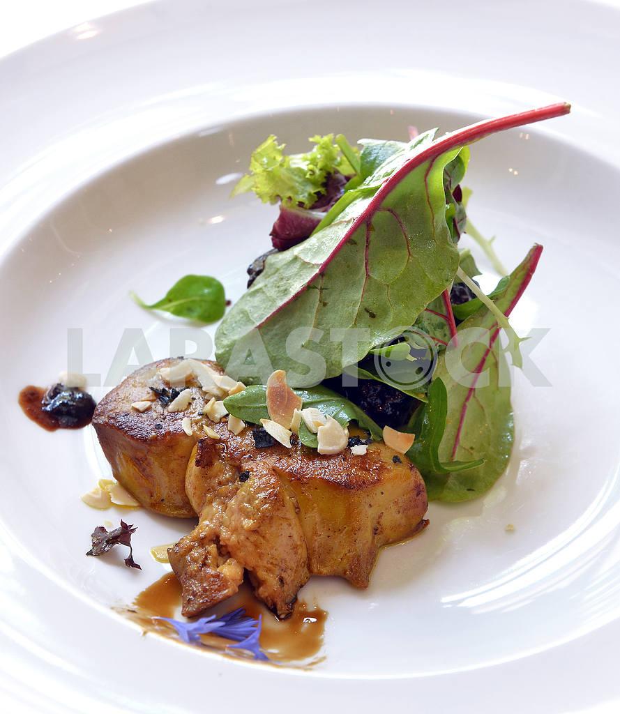 Фуа-гра с салатом — Изображение 2527