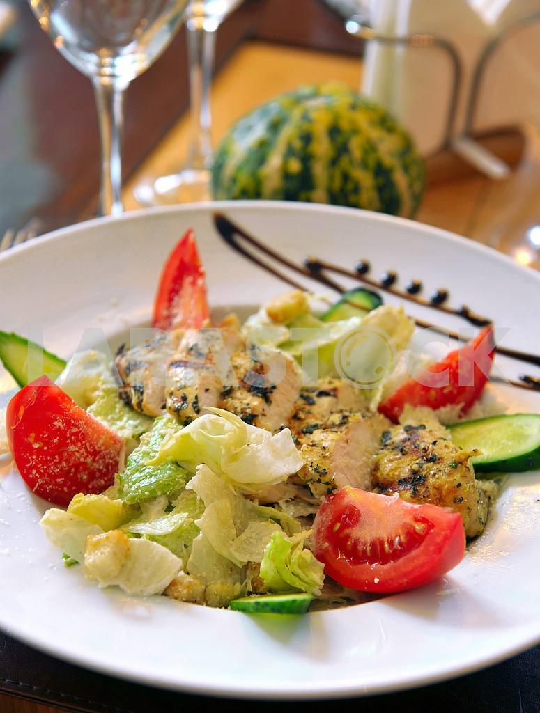 Chicken Caesar salad — Image 2548