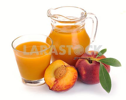 Peach juice and fruit