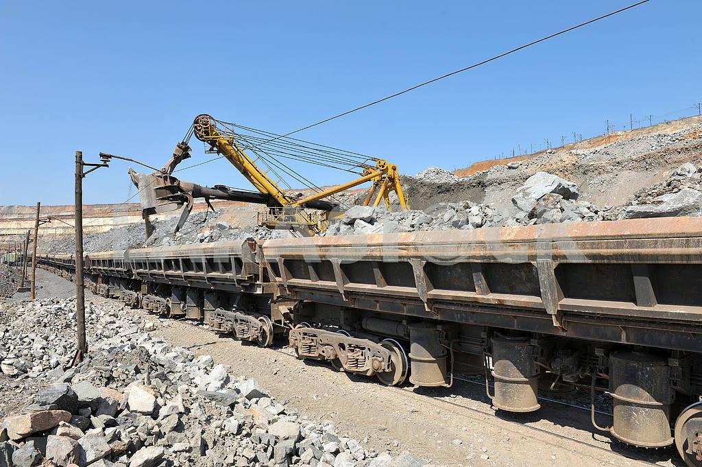 Loading of iron ore railways — Image 2642