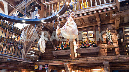 Smoked chicken legs from the ceiling