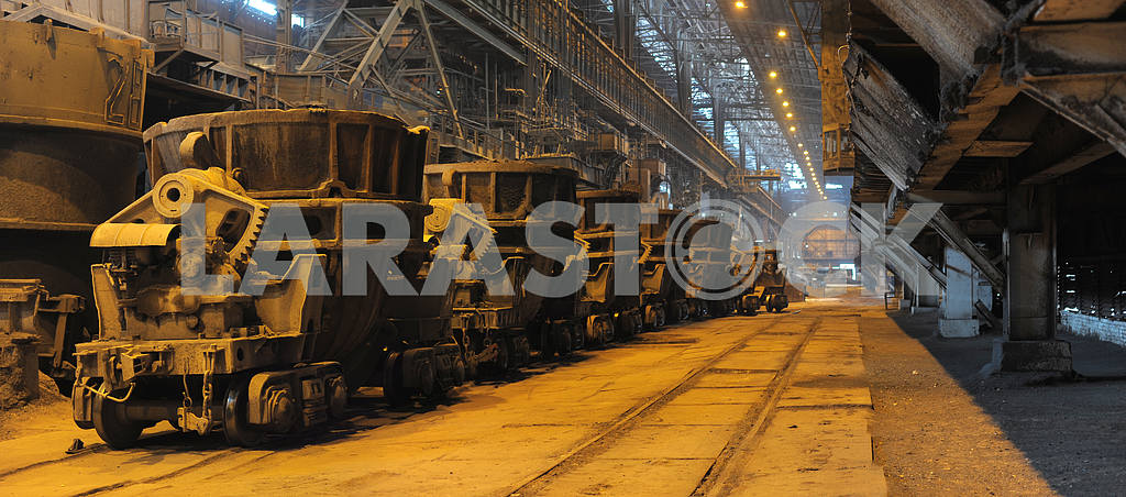 Shop of metallurgical industrial complex — Image 2747