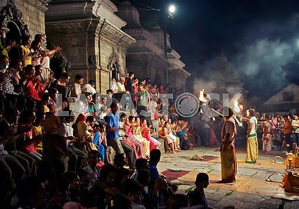 Ритуальный танец по усопшему