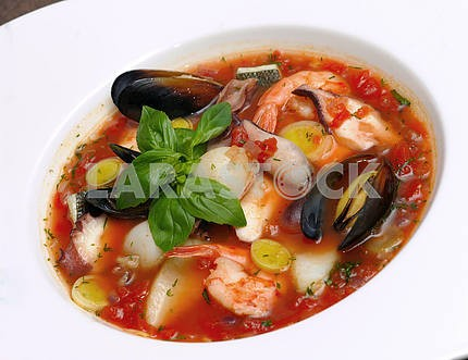 Tomato soup with seafood and fish