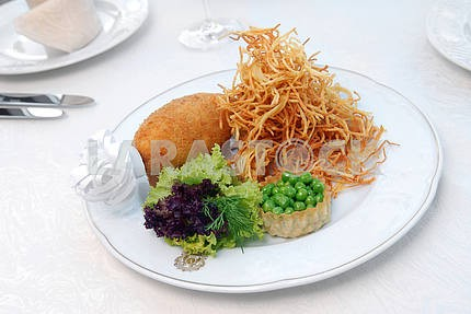 Cutlet on-kievski with a fried potato
