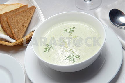 Creamy soup from an asparagus