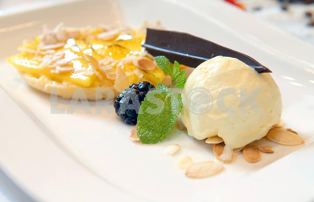 Ice-cream from a mango tart  — Image 3190