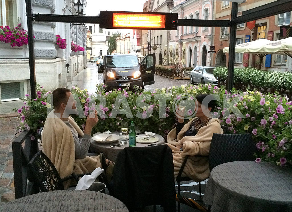 Street cafe in old Tallinn — Image 32419