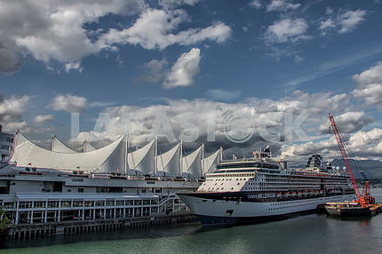 The cruise ship placed in port