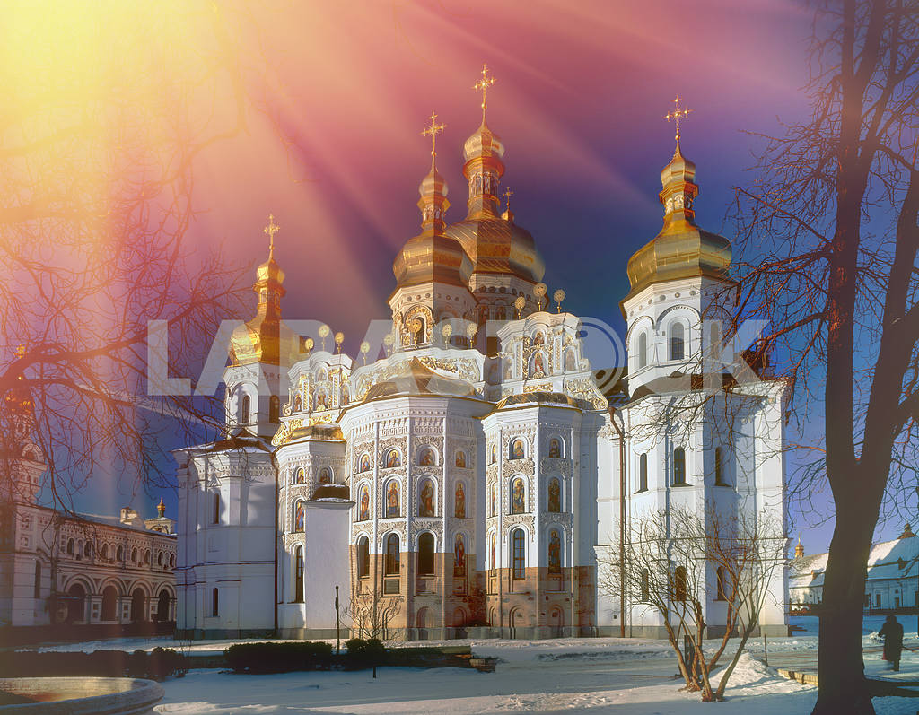 main cathedral church of the Kiev-Pechersk Lavra — Image 3291