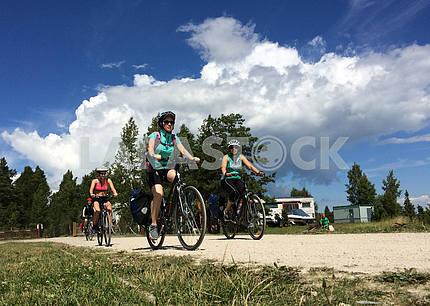 Велотуристы на островах Эстонии