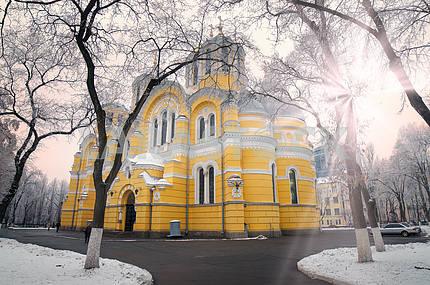 Vladimirskiy in winter temple