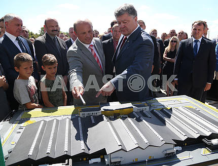 Poroshenko laid a capsule in Brody