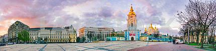 Вечерний вид на Михайловской площади