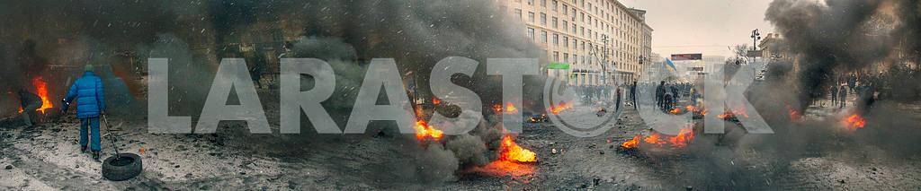 Barricades in the street Hrushevskoho — Image 3418