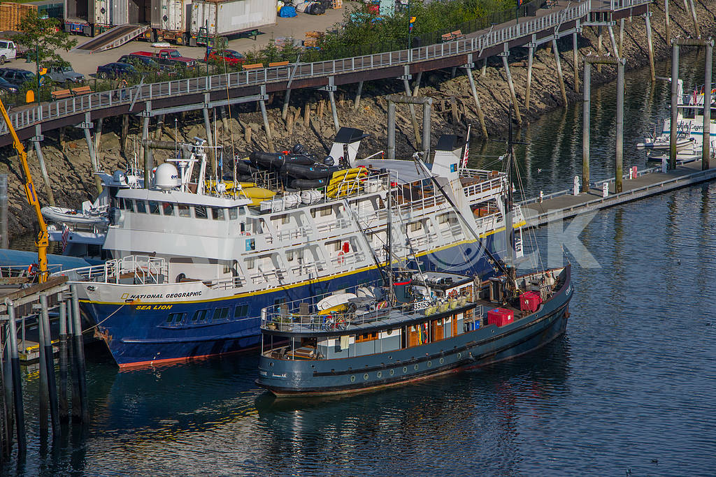 Research ship National Geographic — Image 36094