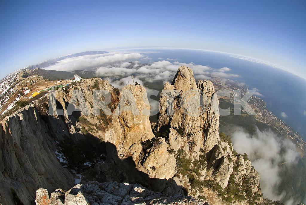 Rocks Ah-petri against Yalta in Crimea — Image 3623