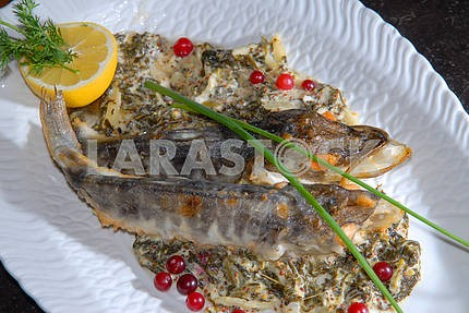 Fried fish with paste