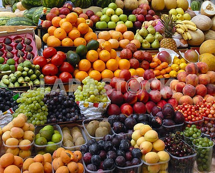 Fruit and vegetables on a market show-window