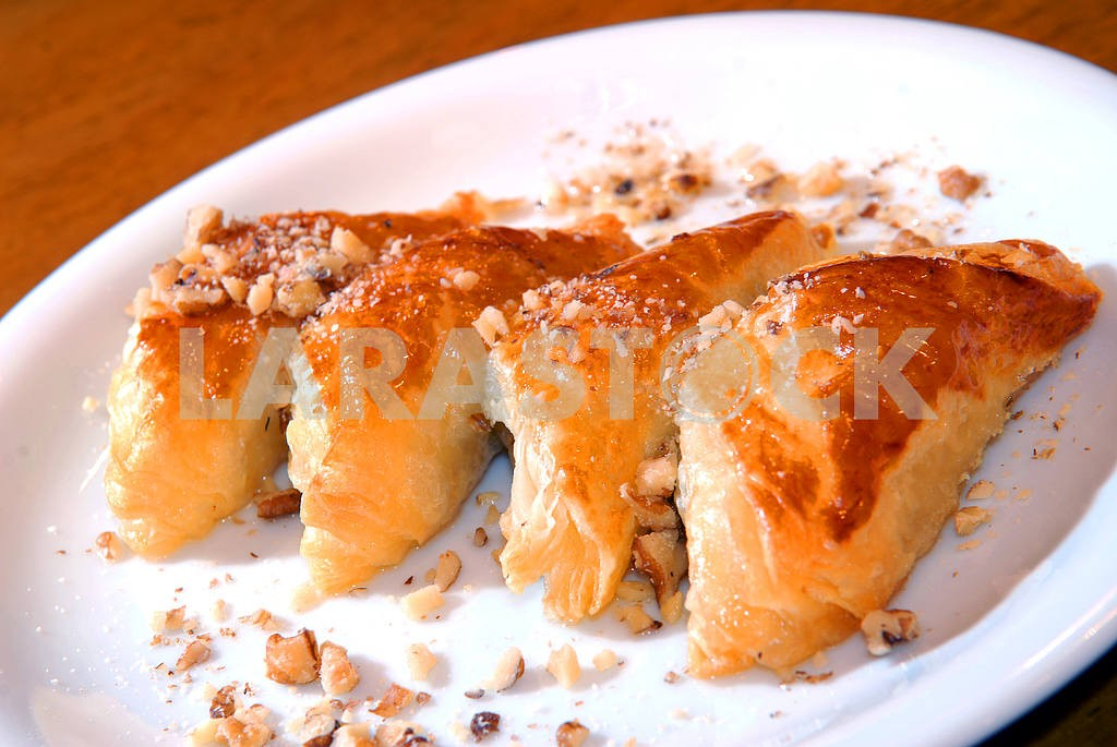 Pies from flaky pastry  — Image 3707
