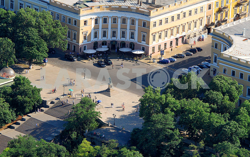 Monument to Duke, the first governor of the city Odessa — Image 38026