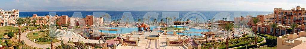 Typical hotel on the bank of Red sea — Image 3805