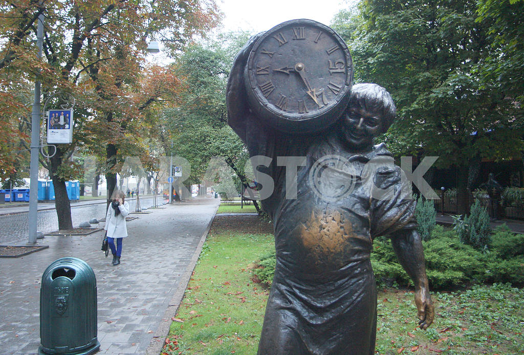 Monument to Pivovar in Lviv — Image 38451