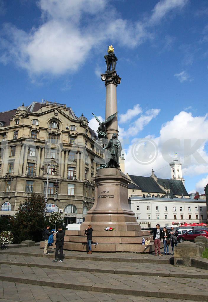 Monument to Adam Mickiewicz — Image 38453