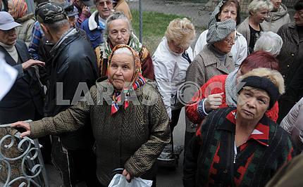Столовая для малоимущих пенсионеров и бездомных в Киеве